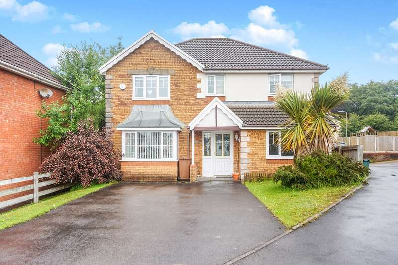 4 Bedrooms Detached House for sale in Bramblewood Court, Pengam, Blackwood, NP12