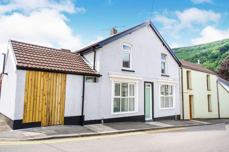 2 Bedrooms End Of Terrace House for sale in Silver Street, Cross Keys, Newport, NP11