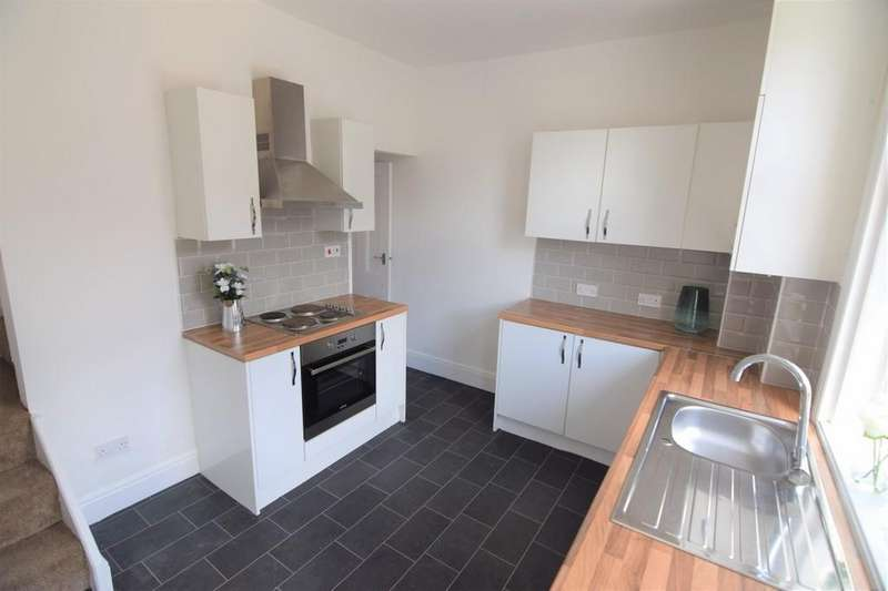 2 Bedrooms Terraced House for sale in Wilford Street, Blackpool