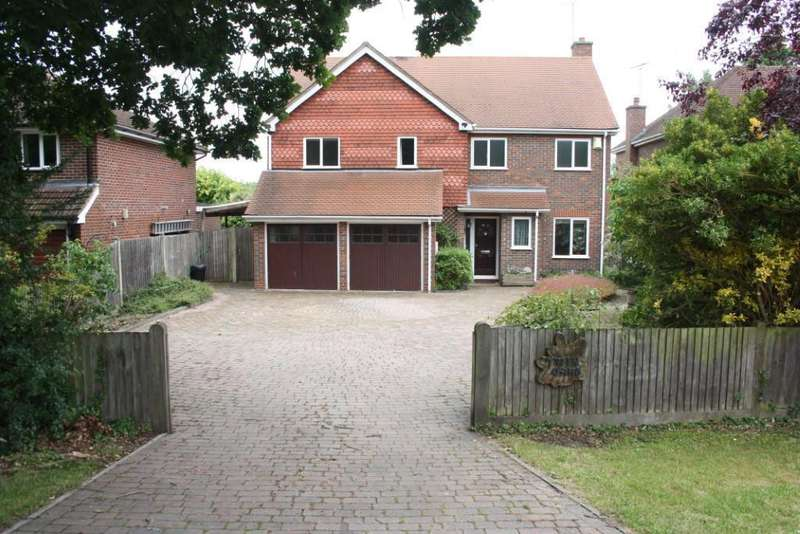 4 Bedrooms Detached House for sale in Western Avenue, Woodley, Reading, RG5