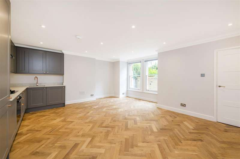 2 Bedrooms Flat for sale in Carlingford Road, Hampstead Village, NW3