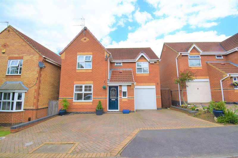 4 Bedrooms Detached House for sale in Pexton Close, Hemlington, Middlesbrough, TS8 9RB
