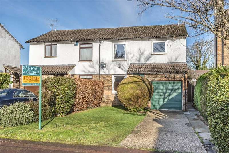 4 Bedrooms Semi Detached House for sale in Hatfield Court, Calcot, Reading, Berkshire, RG31