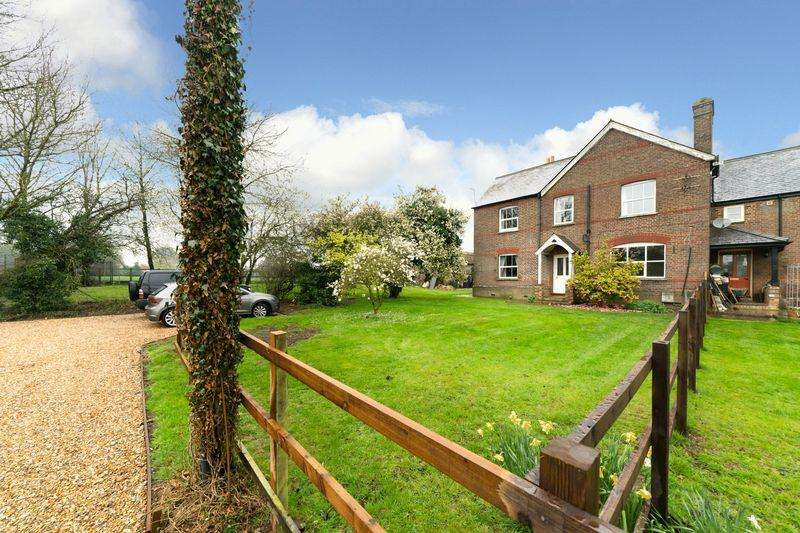 4 Bedrooms Farm House Character Property for sale in Manor Farm, Caddington