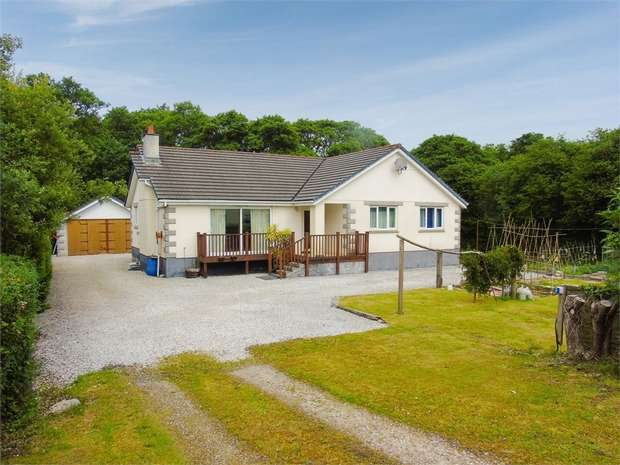 3 Bedrooms Detached Bungalow for sale in Tywardreath Highway, Par, Cornwall