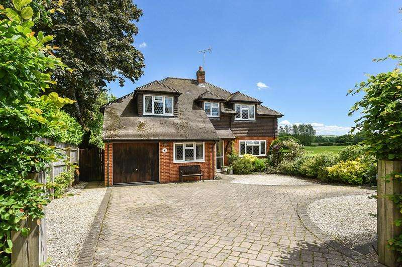 4 Bedrooms Detached House for sale in Hurstbourne Priors, Whitchurch