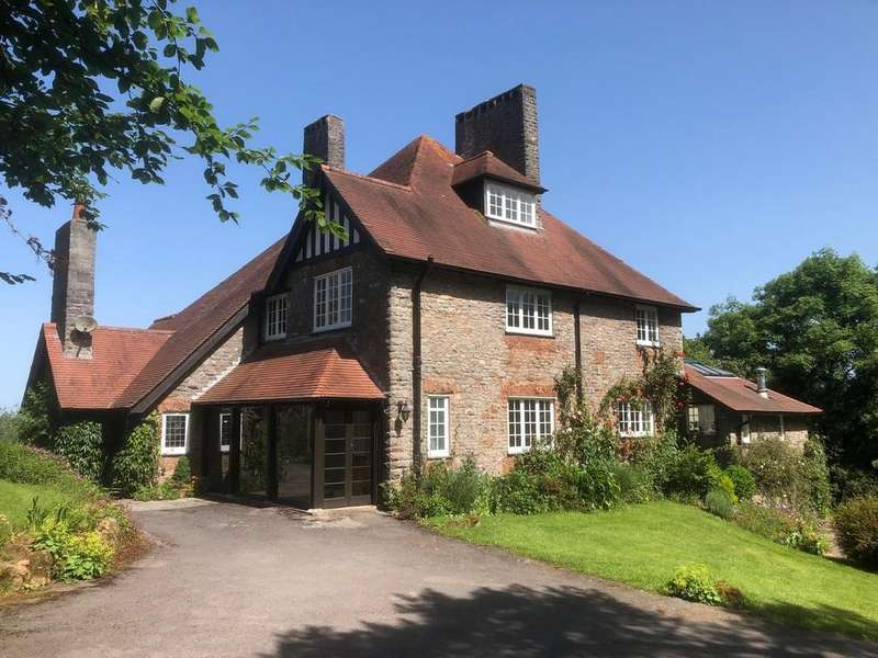 4 Bedrooms Detached House for sale in Outstanding detached period residence