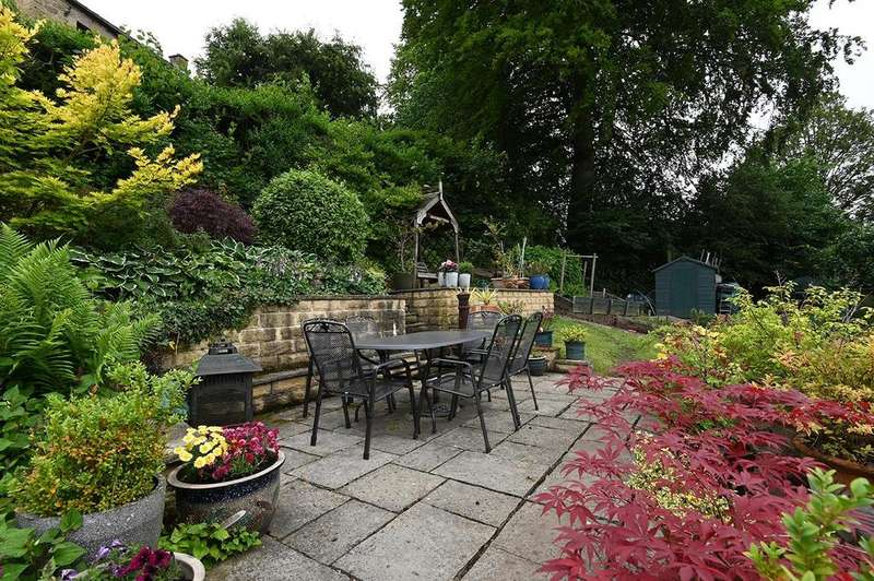 4 Bedrooms Detached House for sale in Sitch Lane, Oaker, Matlock