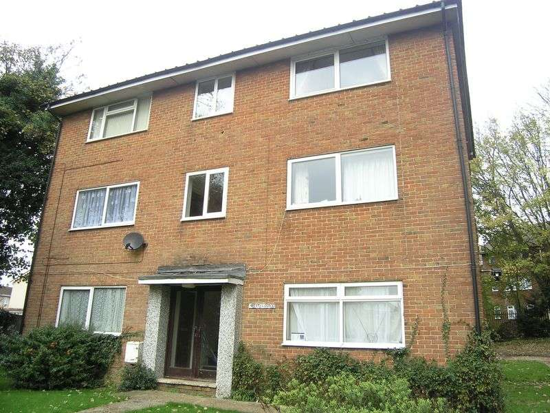 1 Bedroom Property for sale in Weston Lane, Southampton