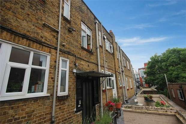 3 Bedrooms Flat for sale in 112 Streatham Hill, Brixton, London