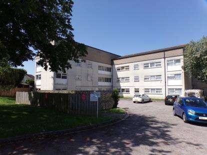 1 Bedroom Flat for sale in The Crescent, Soundwell, Bristol, South Glos
