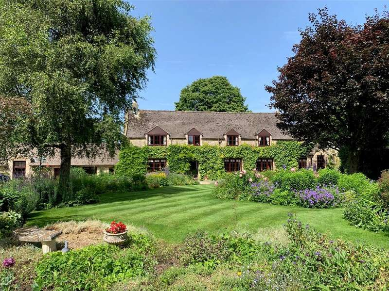 4 Bedrooms Detached House for sale in Brockhampton, Cheltenham, Gloucestershire, GL54