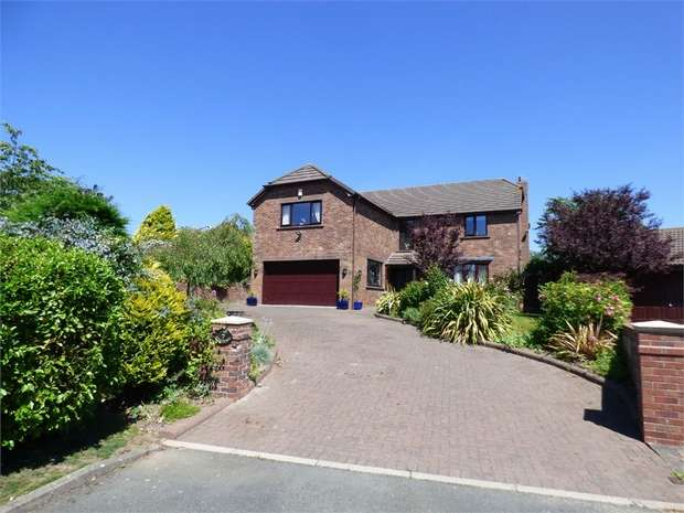 4 Bedrooms Detached House for sale in The Gardens, Barrow-in-Furness, Cumbria