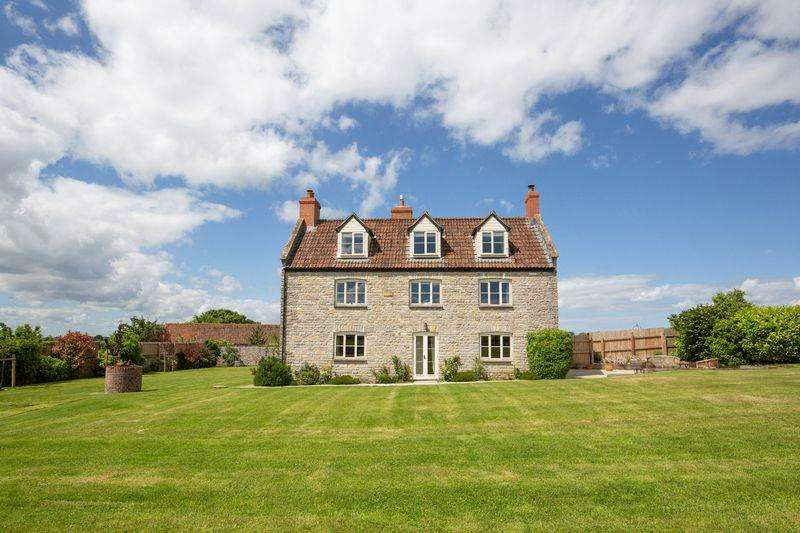 5 Bedrooms Unique Property for sale in Lovely farmhouse in idyllic peaceful location