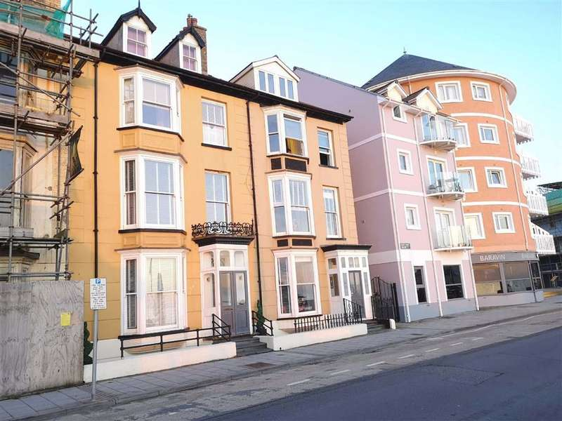 5 Bedrooms Terraced House for sale in Marine Terrace, Aberystwyth