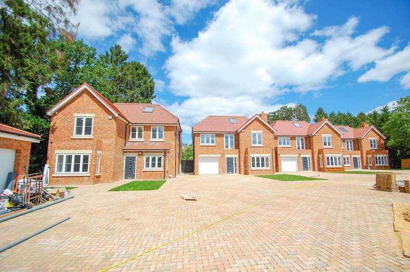 5 Bedrooms Detached House for sale in Alderley Cottage, Collinswood Road, Farnham Common, SL2