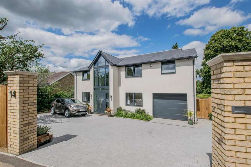 4 Bedrooms Detached House for sale in Hagsdell Road, Hertford