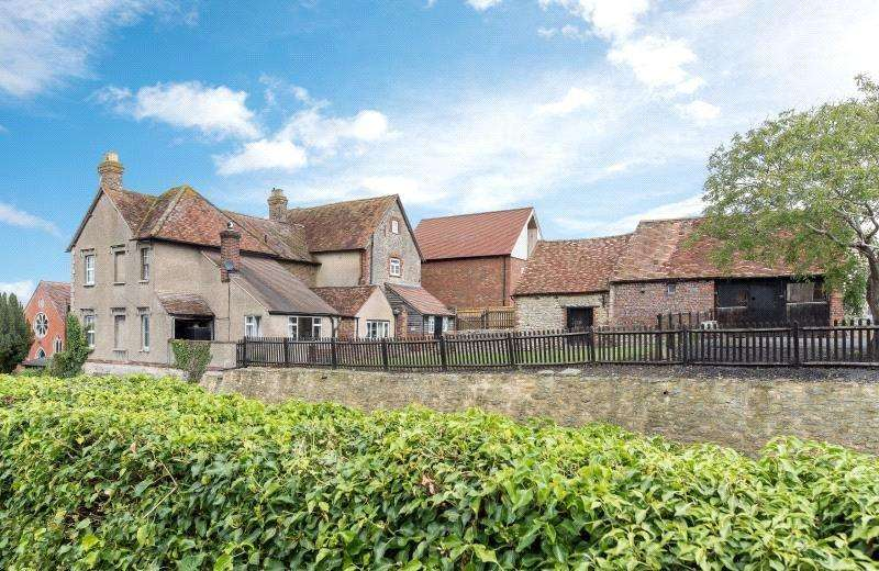 5 Bedrooms Plot Commercial for sale in High Street, Tetsworth, Thame, OX9