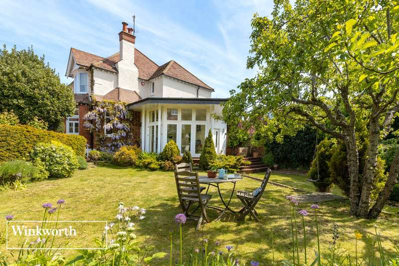 4 Bedrooms Detached House for sale in Burton Villas, Hove, East Sussex, BN3