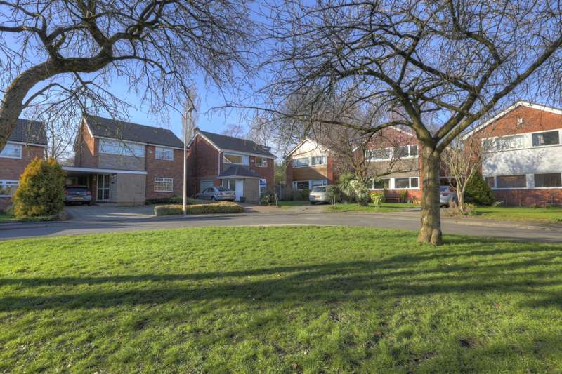4 Bedrooms Detached House for sale in Aintree Close, Hazel Grove, Stockport, Cheshire, SK7