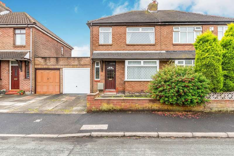 3 Bedrooms Semi Detached House for sale in Thirlmere Avenue, Standish, Wigan, Lancashire, WN6