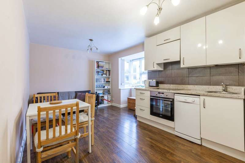 2 Bedrooms Flat for rent in Stubbs Drive, South Bermondsey, SE16
