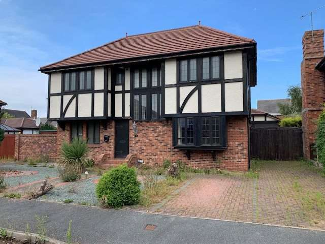 4 Bedrooms Detached House for sale in Parc Tudur, Kinmel Bay, Rhyl, Clwyd, LL18