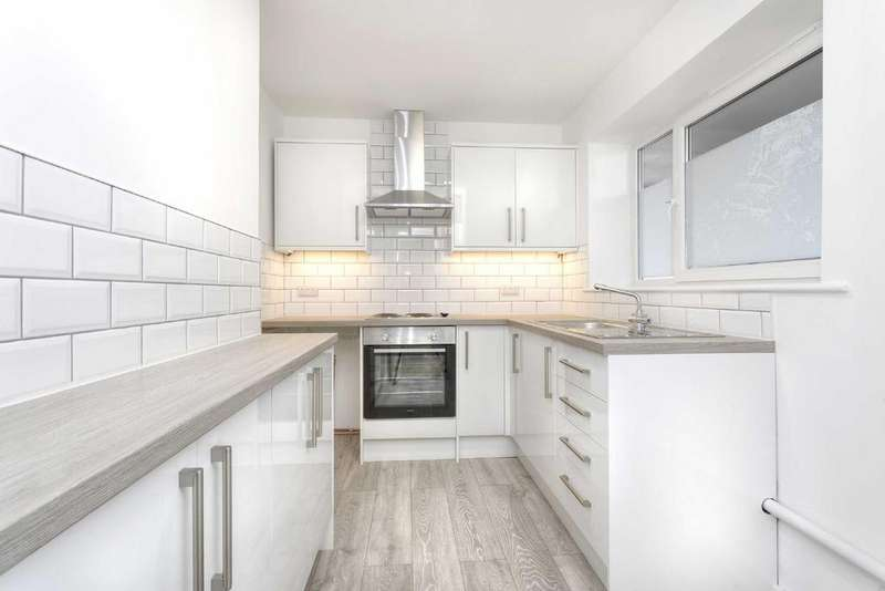 2 Bedrooms Apartment Flat for sale in New Church Road, Hove, East Sussex, BN3