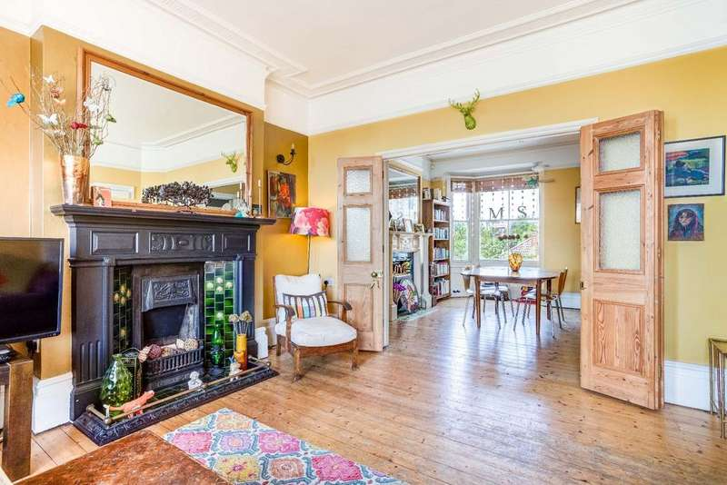5 Bedrooms Terraced House for sale in Preston Drove, Preston Park, Brighton