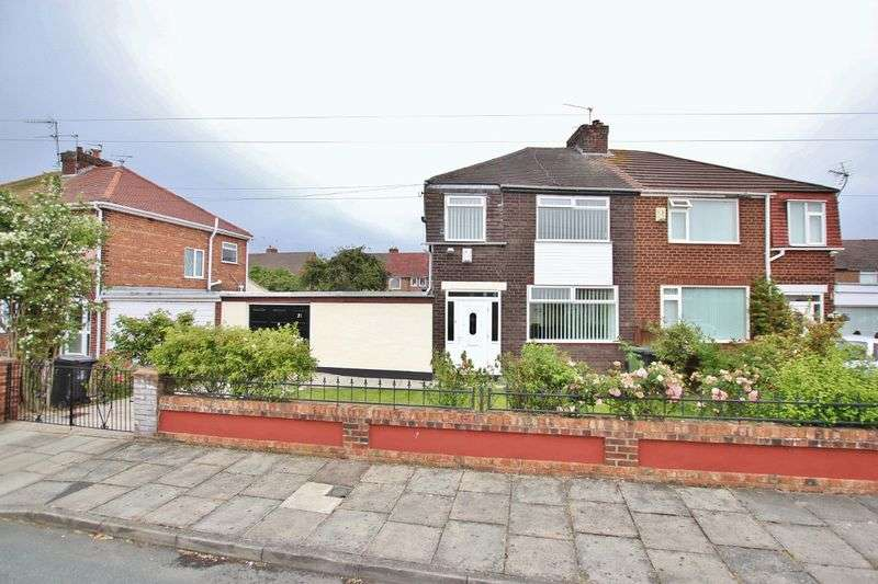 3 Bedrooms Property for sale in Avondale Avenue, Moreton, Wirral