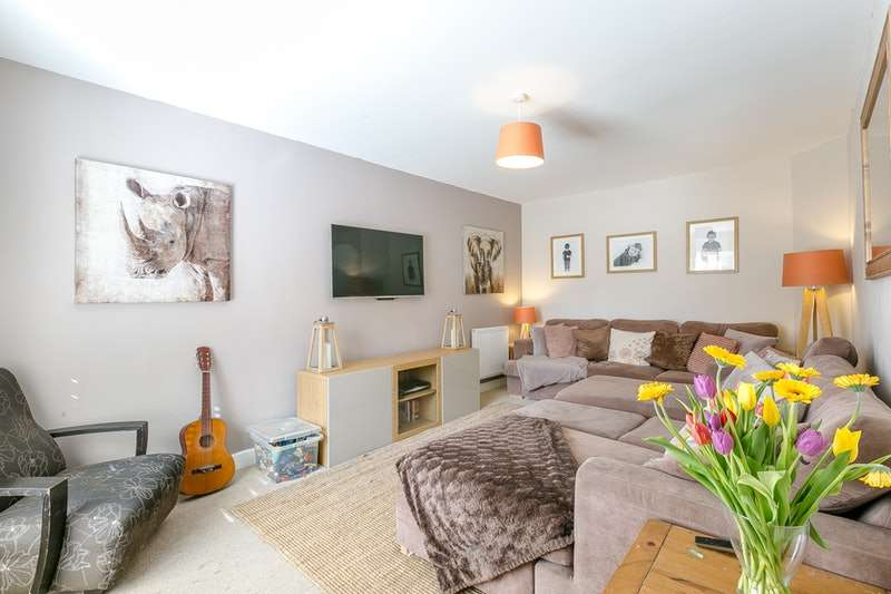 4 Bedrooms Detached House for sale in Stockwell Drive, Derby, Derbyshire, DE22