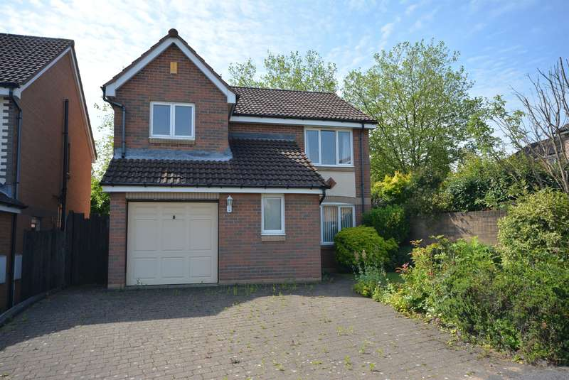 4 Bedrooms Detached House for sale in Whitecotes Park, Walton, Chesterfield, S40 3RT