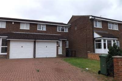 3 Bedrooms House for rent in Ryton Close, LU1