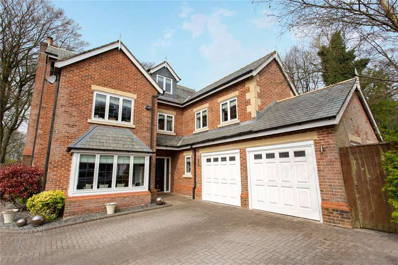 5 Bedrooms Detached House for sale in The Keep, Bolton, Lancashire, BL1