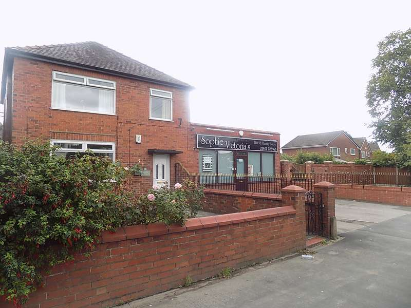 3 Bedrooms Semi Detached House for sale in Church Lane, Lowton, Warrington, WA3