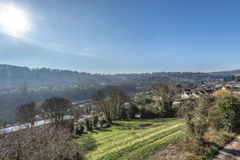 5 Bedrooms Detached House for sale in Brimscombe, Stroud