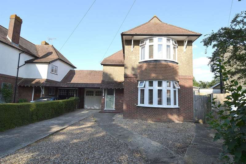 3 Bedrooms Detached House for sale in Elm Wood Close, Swalecliffe, Whitstable
