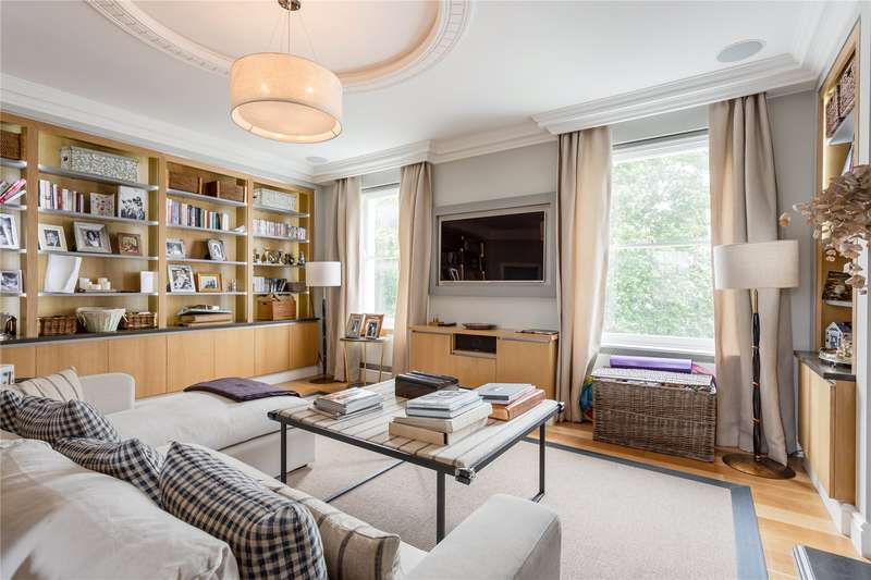 4 Bedrooms Maisonette Flat for sale in St. George's Square, Pimlico, London, SW1V