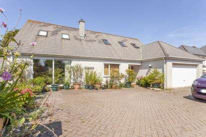 5 Bedrooms Detached House for sale in Truro, Cornwall