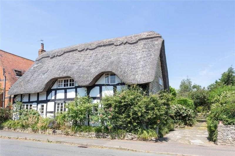 5 Bedrooms Detached House for sale in Beckford Road, Alderton, Tewkesbury, Gloucestershire, GL20