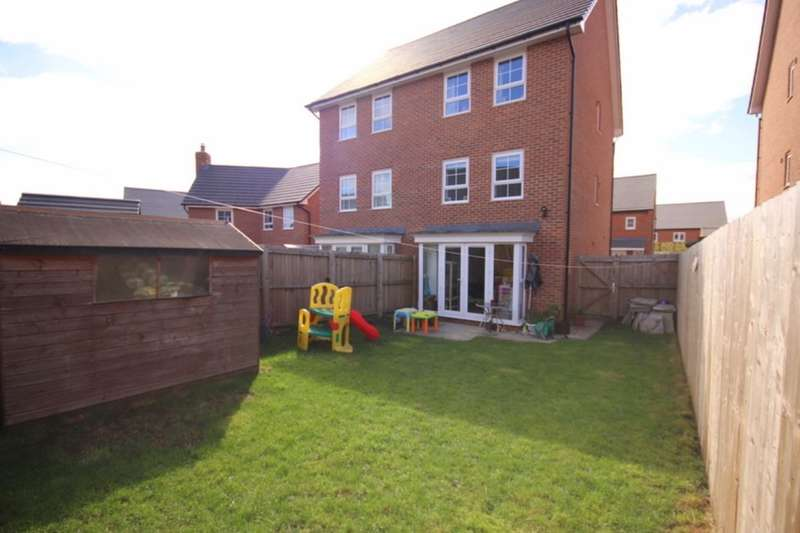 4 Bedrooms Semi Detached House for sale in Holly Drive, Edleston, Nantwich, CW5