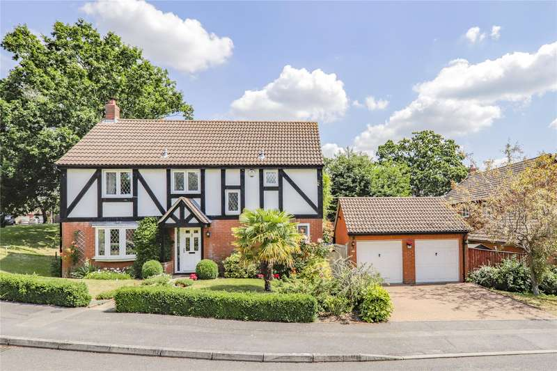 4 Bedrooms Detached House for sale in Fletcher Gardens, Amen Corner, Binfield, Berkshire, RG42