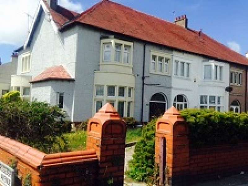 Property for sale in Lytham Road, Blackpool, FY4 1JH