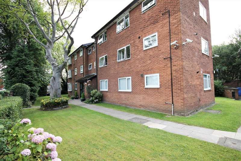 2 Bedrooms Apartment Flat for sale in Worsley Road, Swinton, Manchester