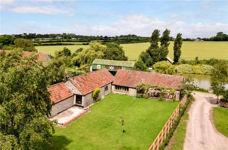 4 Bedrooms Detached House for sale in Gibbs Lane, Siston, Bristol, South Gloucestershire, BS16