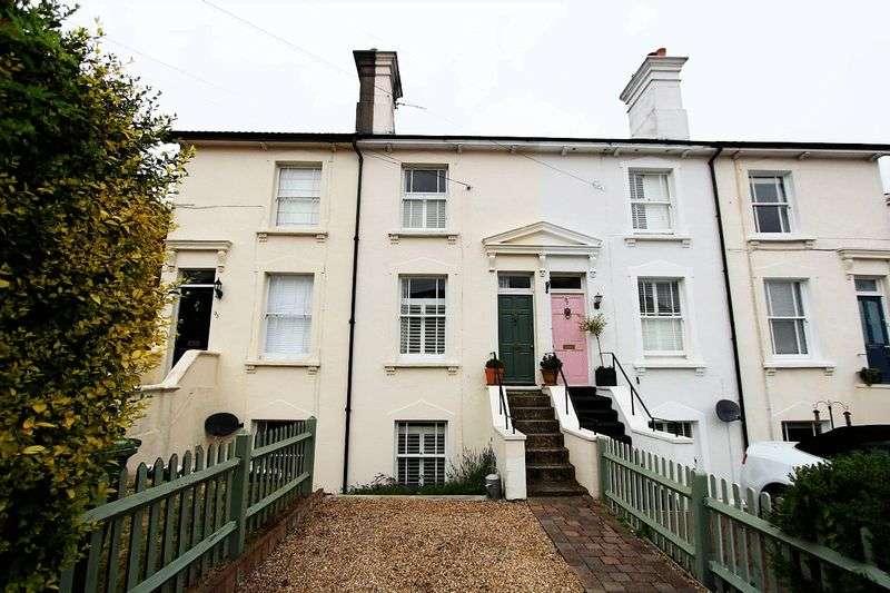 3 Bedrooms Property for sale in Queens Road, Tunbridge Wells