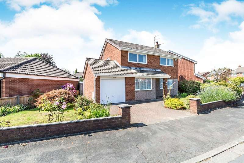 4 Bedrooms Detached House for sale in Lichen Close, Charnock Richard, Chorley, PR7