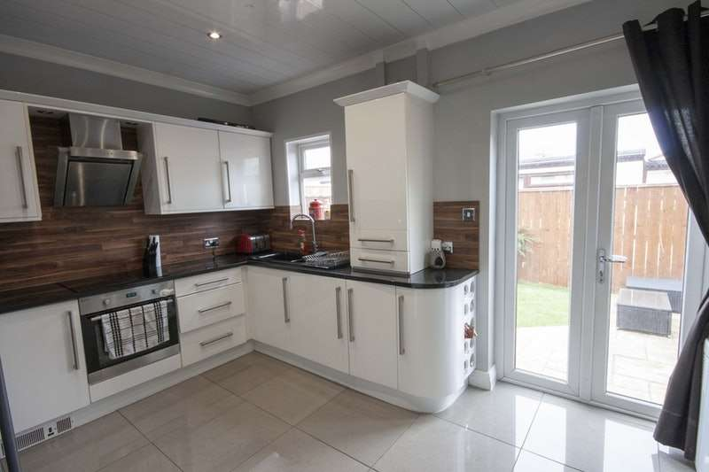 2 Bedrooms Terraced House for sale in The Link, Middlesbrough, Tyne and Wear, TS3