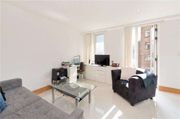 1 Bedroom Flat for sale in Churchway, London