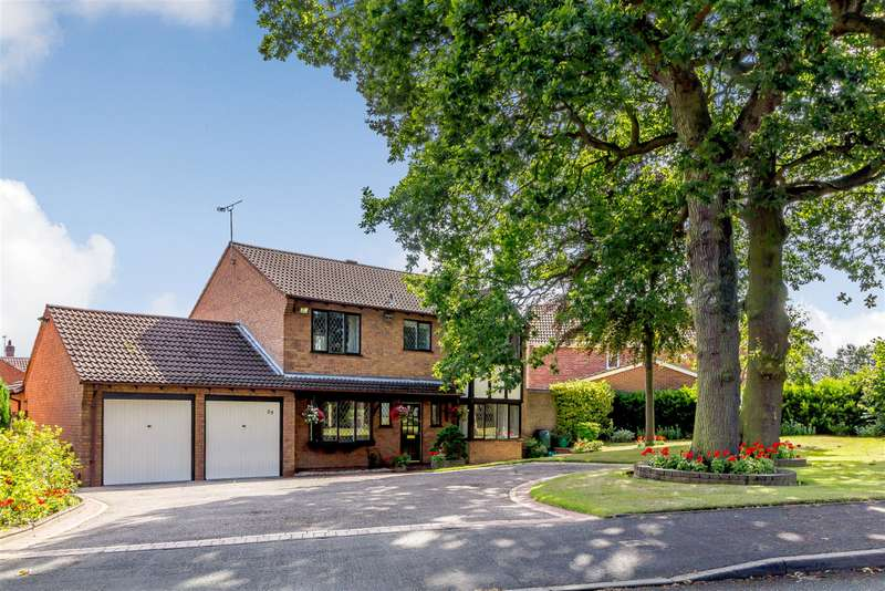 4 Bedrooms Detached House for sale in Gleneagles, Tamworth, B77 4NS